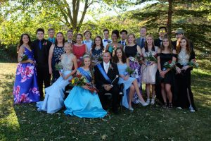 Full Court With King and Queen